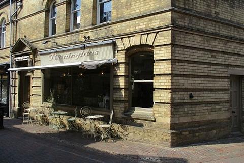 Shop for sale - Coffee Shop For Sale , Red Lion Street, Spalding