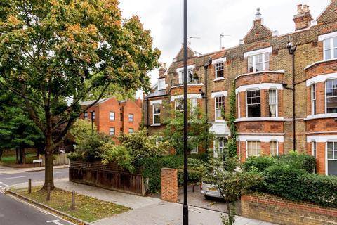 3 bedroom flat for sale - Kings Avenue, London, London SW4
