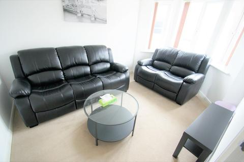 5 bedroom semi-detached house to rent - Middlesex Road, Coventry, CV3 1PQ