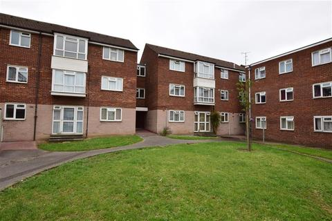 1 bedroom flat for sale - Ibscott Close, Dagenham, Essex