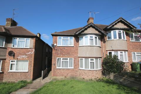 2 bedroom flat to rent - Bryan Avenue, Willesden, London