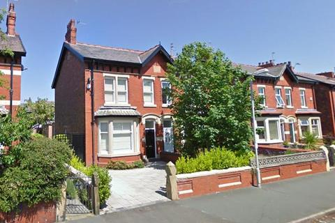 4 bedroom semi-detached house to rent - Rossall Road, Ansdell, FY8