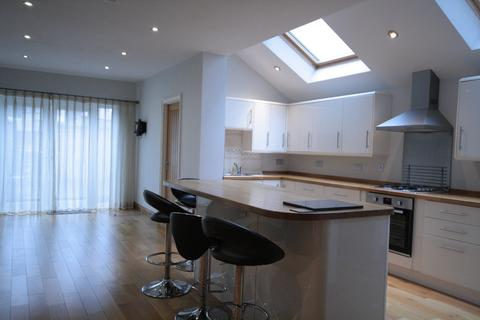 3 bedroom terraced house to rent - Cornerswell Road , Penarth