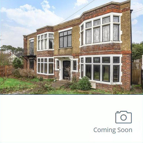 3 bedroom flat for sale - Downs Bridge Road, Beckenham