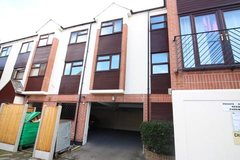 1 bedroom flat to rent - Castle Road