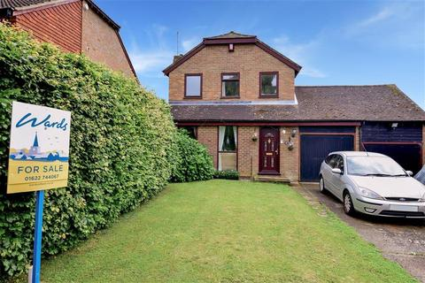 3 bedroom detached house for sale - Mayfair Avenue, Loose, Maidstone, Kent