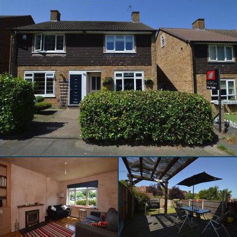 2 bedroom semi-detached house for sale - Strongbow Crescent London SE9