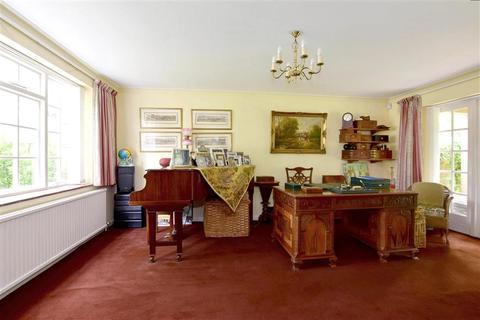 4 bedroom detached house for sale - Cranford Road, Tonbridge, Kent