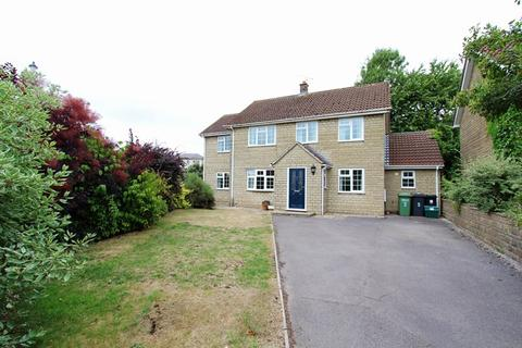 4 bedroom detached house to rent - St. Martins Park, Marshfield, Chippenham