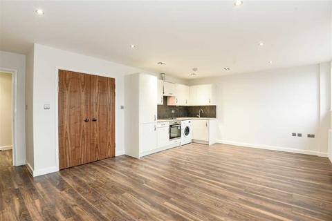 Studio to rent - Kotecha Heights, Progress Road, High Wycombe