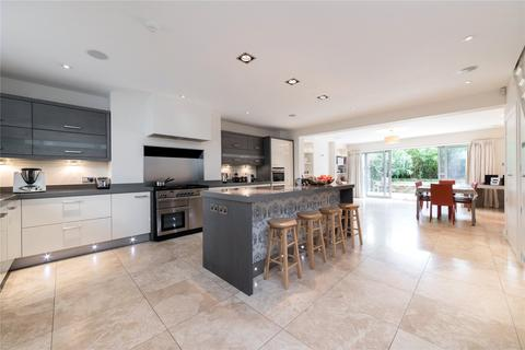 6 bedroom end of terrace house to rent - St Augustines Road, Camden, London
