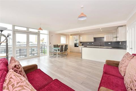 2 bedroom flat to rent - Langbourne Place, London
