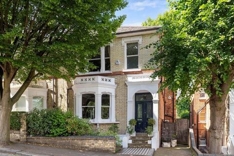 4 bedroom semi-detached villa for sale - Bishops Road, Highgate Village, London , N6