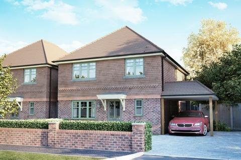 3 bedroom detached house for sale - Harbour Mews, Main Road, Bosham, PO18 - SHOW HOME NOW AVAILBLE