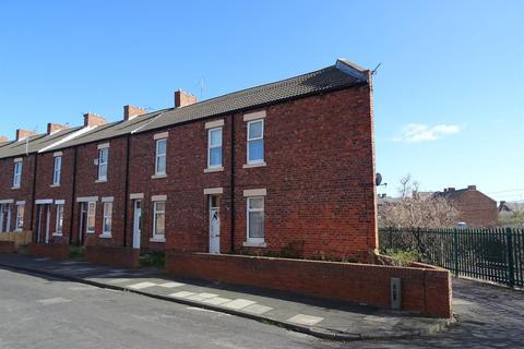 2 bedroom flat to rent - Victoria Crescent
