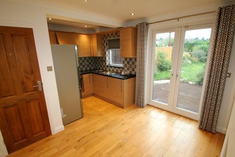 3 bedroom semi-detached house to rent - Crabtree Road, Botley