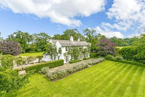 5 bedroom detached house for sale - High Road, Chipstead, Coulsdon