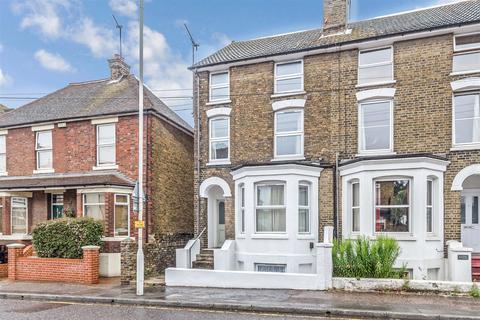 1 bedroom flat for sale - Park Road, Sittingbourne