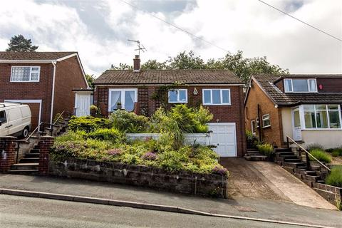 2 bedroom detached bungalow for sale - Daisy Bank, Leek
