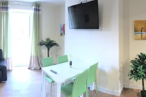 3 bedroom house share to rent - Beverley Road, Hull