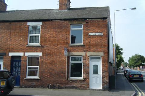 2 bedroom end of terrace house to rent - Meyrick Road, Newark