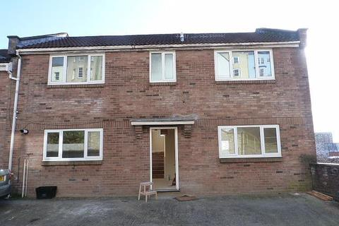 4 bedroom flat to rent - 4 bedroom Ground Floor Flat in Kingsdown