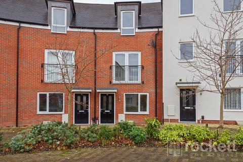 4 bedroom mews to rent - Comet Avenue, Newcastle - Under - Lyme
