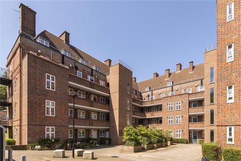 3 bedroom flat for sale - Tilson House, Tilson Gardens, London, SW2