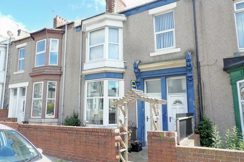 2 bedroom ground floor flat for sale - Baring Street, Lawe Top, South Shields, Tyne and Wear, NE33 2DR