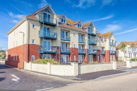 2 bedroom apartment to rent - Marine Drive, Paignton