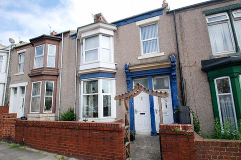 2 bedroom flat for sale - Baring Street, South Shields