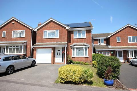 4 bedroom detached house for sale - Waytown Close, Poole, BH17