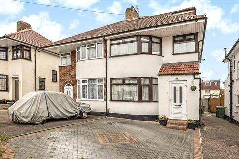 4 bedroom semi-detached house for sale - Mountbel Road, Stanmore, HA7