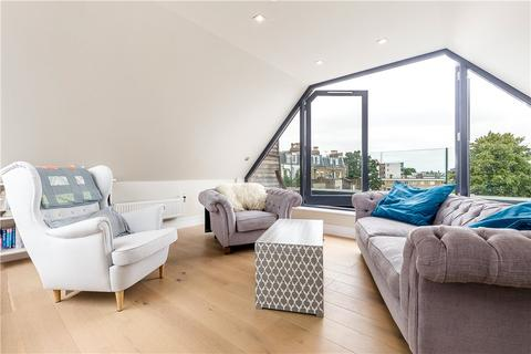 3 bedroom house for sale - Josephine Avenue, Brixton, London, SW2