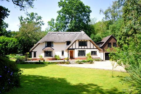 4 bedroom detached house for sale - Ringwood, BH24 2AG