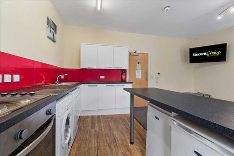 4 bedroom apartment to rent - Harwell Street, Plymouth