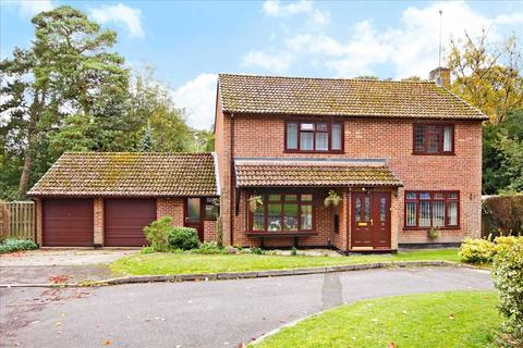 4 bedroom detached house for sale - Kings Walk, Whitchurch