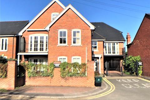 2 bedroom flat to rent - Klondyke House, Klondyke, Marlow, Buckinghamshire, SL7