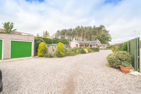 2 bedroom bungalow for sale - Hillside, Montrose