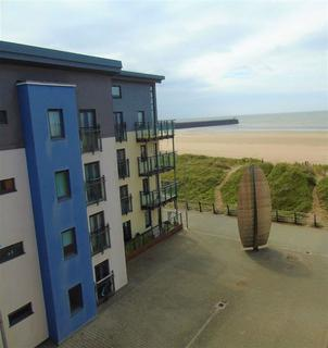 3 bedroom apartment for sale - St Christophers Court, Marina, Swansea