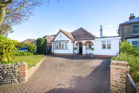 3 bedroom detached bungalow for sale - St. Peters Road, Broadstairs