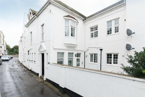 2 bedroom flat for sale - 11 Walmer Castle Road, Walmer, Deal