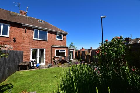 3 bedroom semi-detached house for sale - Hillside Gardens, Tunstall, Sunderland