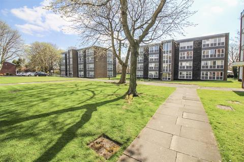 2 bedroom property for sale - Tweedmouth Court, Newcastle Upon Tyne