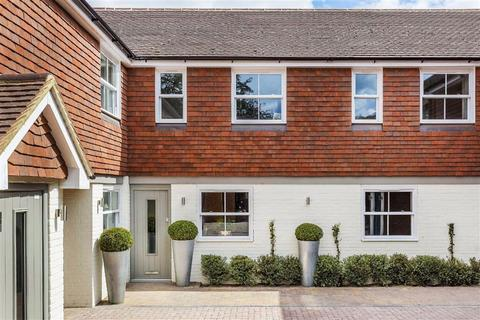 2 bedroom townhouse for sale - The Mews, Eastwood Road, Guildford, Surrey, GU5