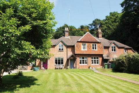 2 bedroom terraced house for sale - Sheet, Hampshire