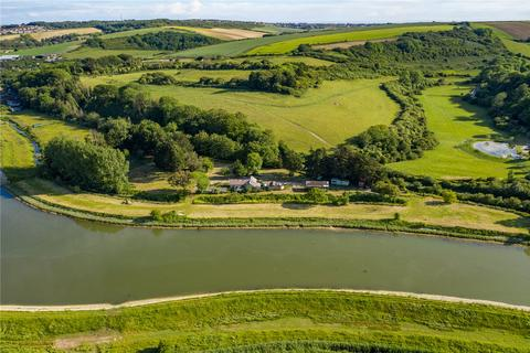 1 bedroom property with land for sale - Lewes Road, Piddinghoe, East Sussex