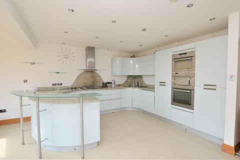 3 bedroom detached house to rent - Margate