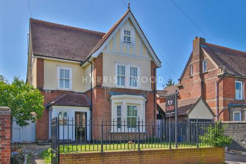 6 bedroom detached house for sale - New Town Road, Colchester, CO1