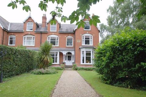 8 bedroom semi-detached house for sale - London Road, Boston